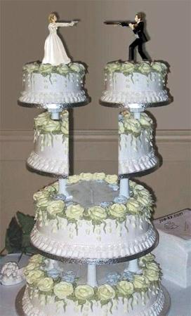 divorce-cake-guns