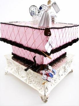 divorce-cake-throwing