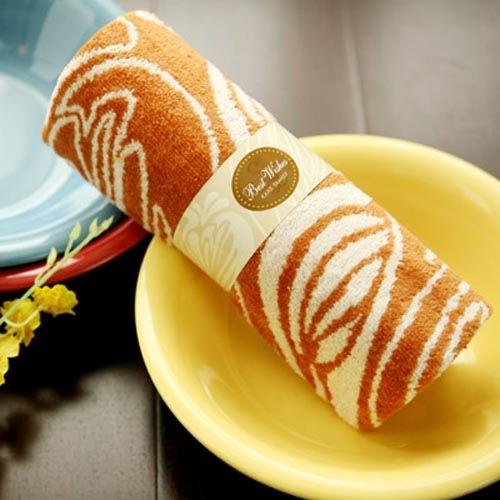 可爱诱人的蛋糕毛巾