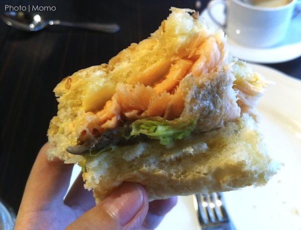 Salmon Burger 3_Macau Macao