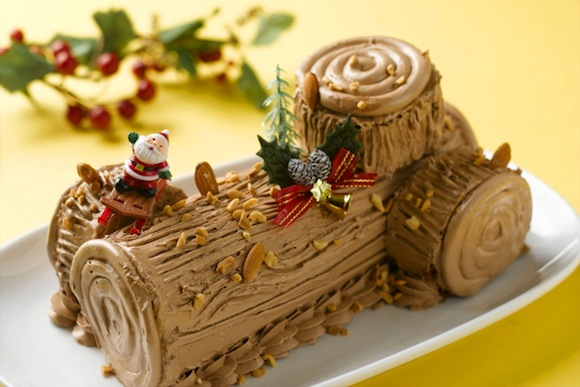 Fairmont Singapore Christmas Log Cake- Fruity Hazelnut