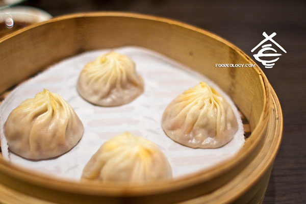 chilli crab xiao long bao