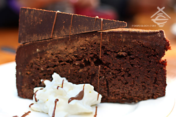 Dark-Choco-Cake_Chocolate-Mill