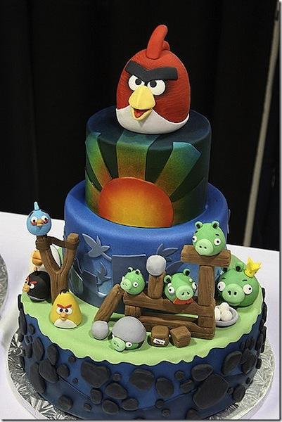 Laura Finlay angry birds cake
