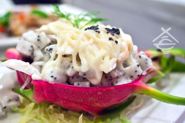 Lobster-Dragonfruit-Salad_Sg-Seafood-Republic