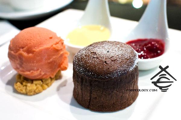 Dark-Chocolate-Lava-Cake-with-Blood-Orange-Sorbet_Jewels-artisan-chocolate