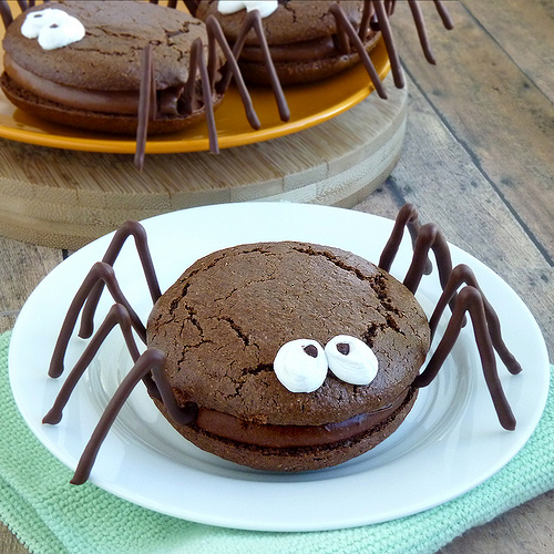 Halloween Whoopie Pie Spiders From Wing-It Vegan
