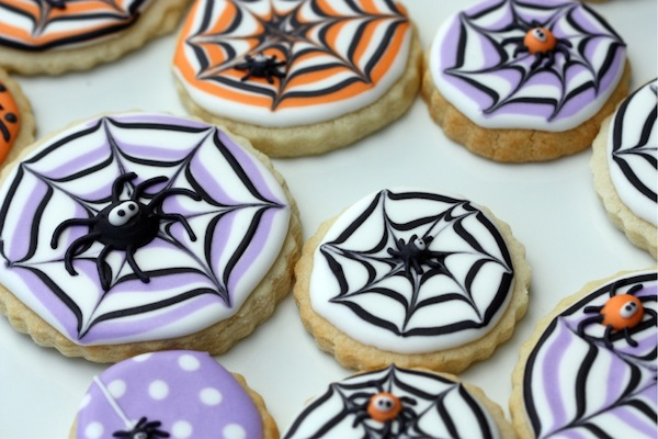 How To Make A Spider Web Decorated Cookie By Sweetopia