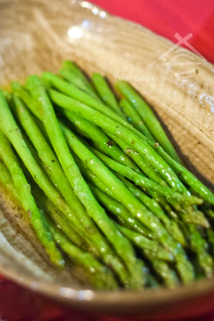 Herb-Butter-Baby-Asparagus_HungryBBQ