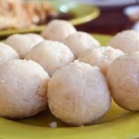 Hoe-Kee-Chicken-Rice-Ball_Malacca