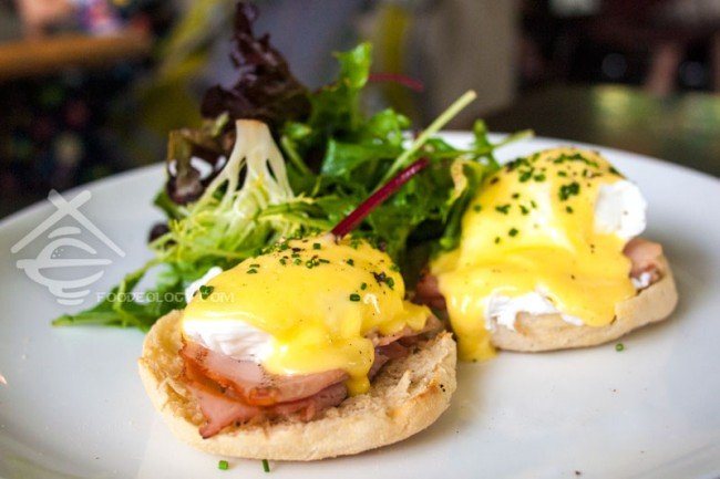 Eggs-Benedict_PS-Cafe