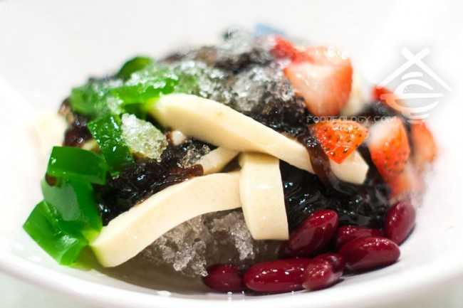 Grass-Jelly-with-Beancurd_C-Jade-HK-Cafe-IN