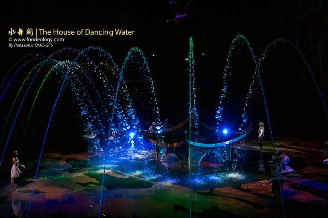 The-House-of-Dancing-Water-Macau-2