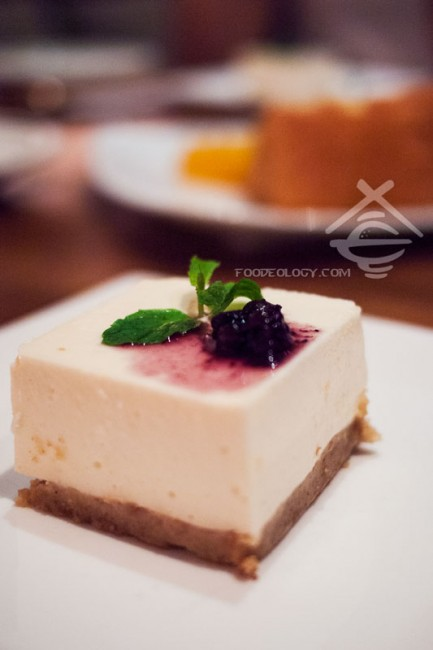 Tofu-Cheese-Cake_Japanese-Dining-SUN