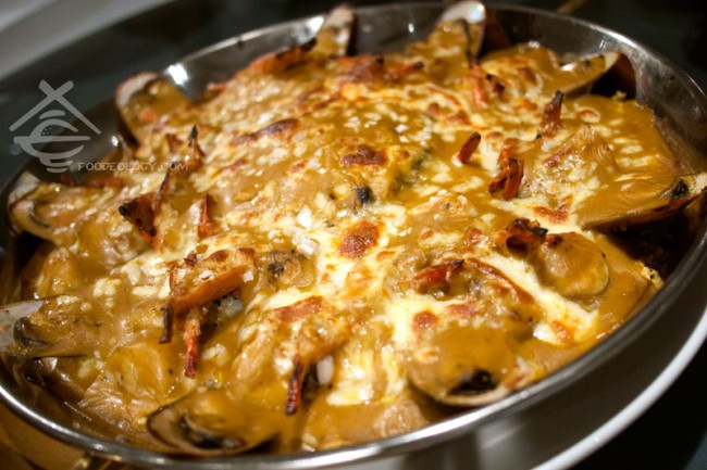 Assorted-Seafood-Baked-Rice_Majestic-Bay-Seafood