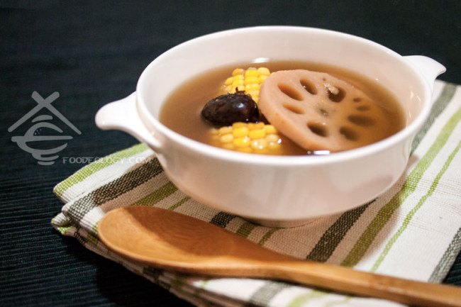 Vegetarian-Lotus-Corn-Soup