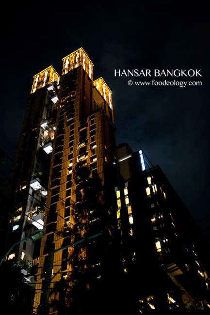 Hansar-Bangkok-Night