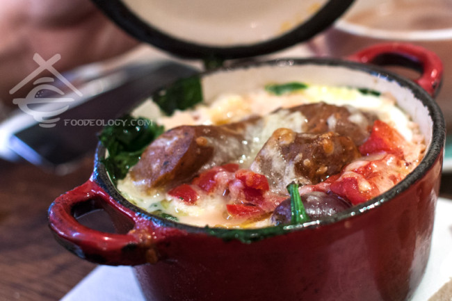 Baked-Eggs-with-Mergez-Sausage_Hardware-Societe