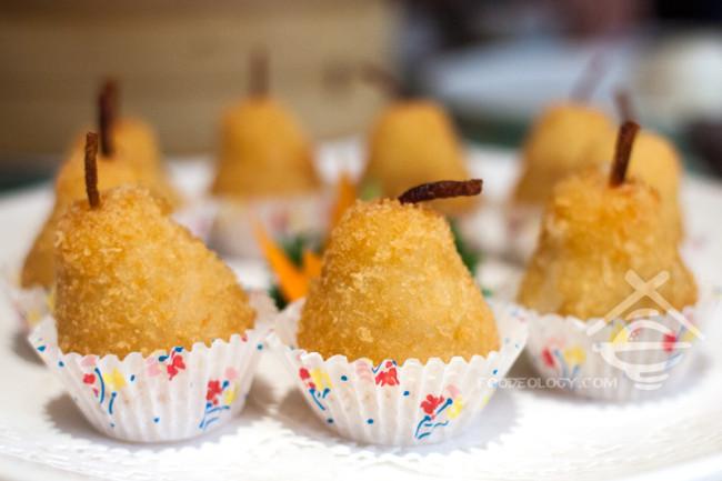 Deep-fried-Potato-Fritter_Si-Chuan-Dou-Hua