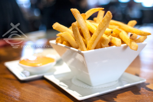 Potato-Fries-with-Truffle-Aioli_Halia-Raffles