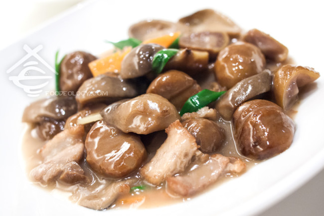Stirfried-chestnut-and-mushrooms_Putien