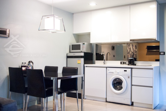 Kitchen_Quad-Suites-Silom