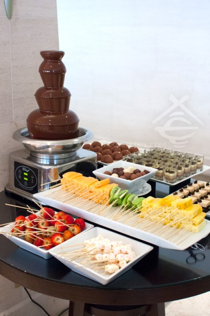 Chocolate-Fountain_LEspresso-Goodwood-Park-Hotel