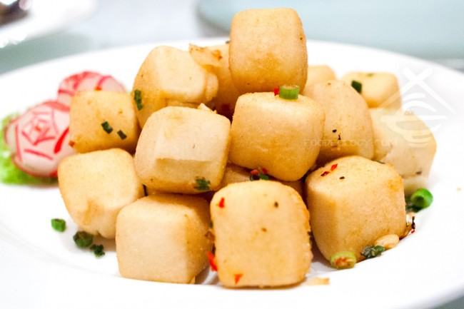 Crispy-Bean-Curd-with-Fragrant-Spiced-Salt_Jade-Restaurant-Fullerton-Hotel