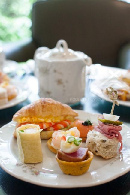 Croissant-and-Finger-Food_LEspresso-Goodwood-Park-Hotel