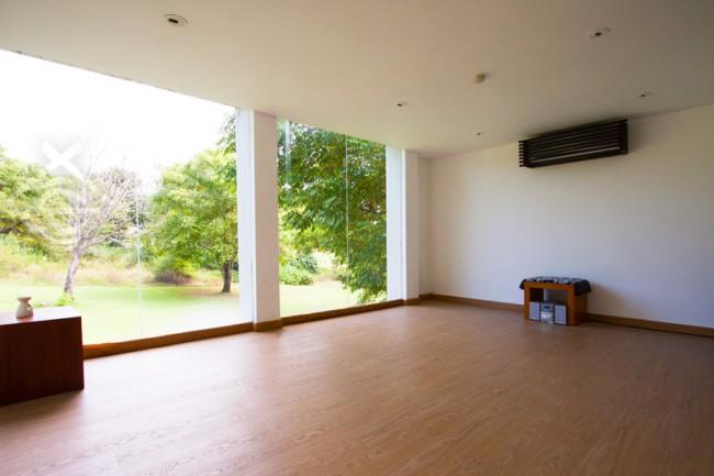 Yoga-Room_The-Bale