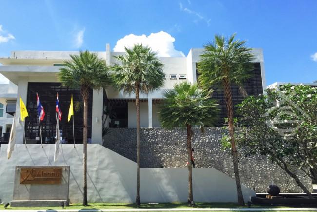 Aleenta-Phuket-Resort-and-Spa_Day