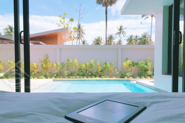 View-from-Bed_Aleenta-Phuket